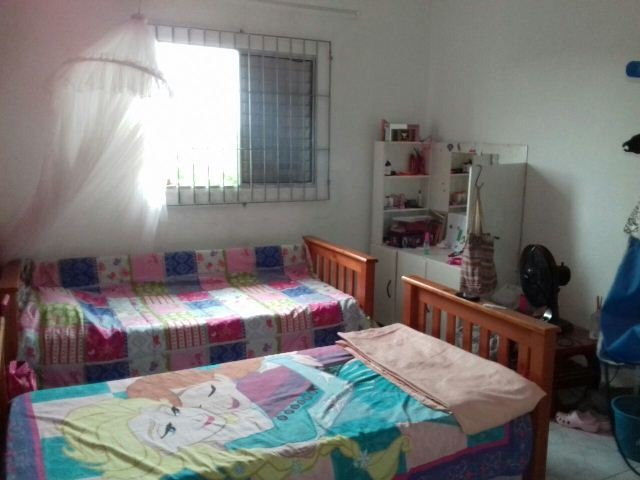 sobrado medindo 125 m², com 2 quartos em itanhaém-sp 2819-pc