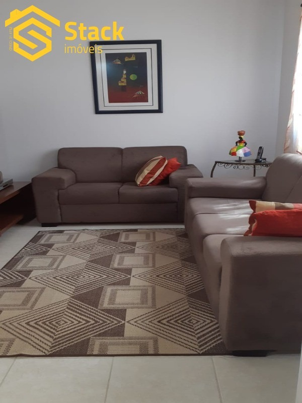 sobrado no condomínio chácara das palmeira imperiais contendo 4 dormitórios sendo 1 suite, sala ampla dois ambientes, cozinha planejada área gourmet c - ca01177