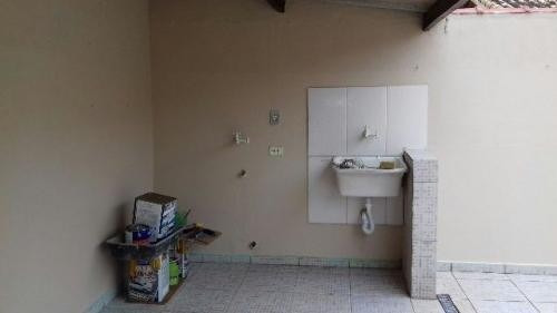 sobrado para financiar lado praia, 2 quartos, com suite.