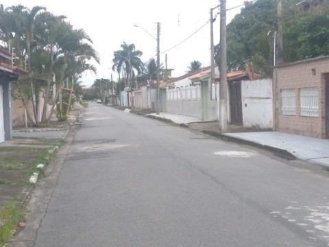 sobrado para locação definitiva no bairro praia das palmeiras - caraguatatuba próximo a praia - ca00570 - 34204834