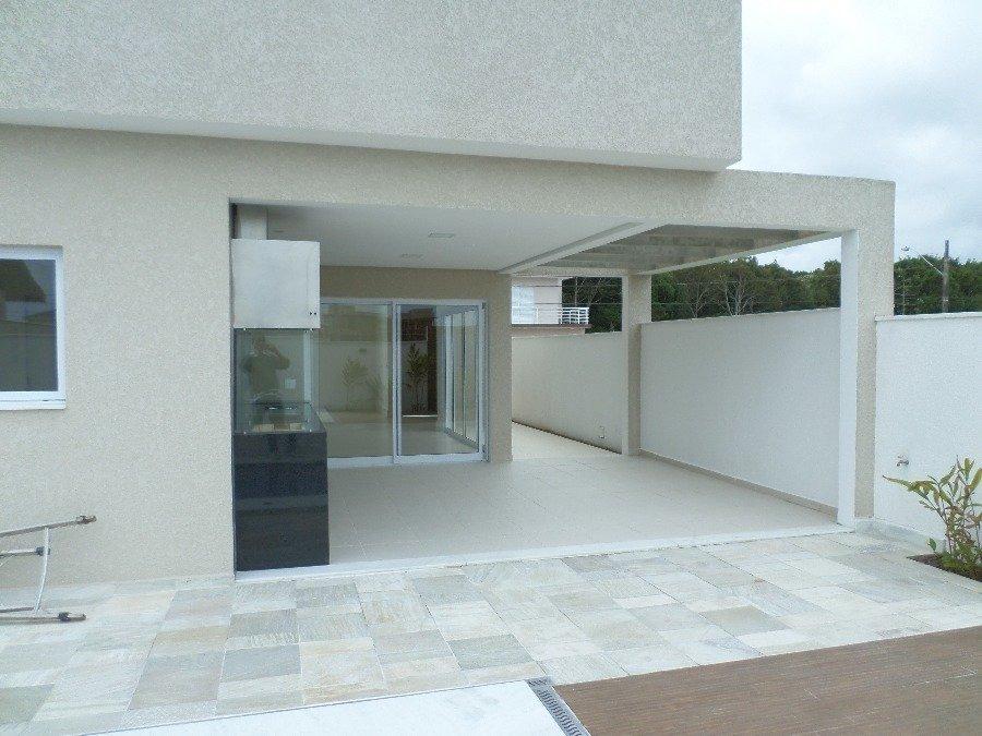 sobrado para venda por r$1.280.000,00 com 300m², 2 salas, 4 banheiros e 4 vagas - bougainville, peruíbe / sp - bdi13417