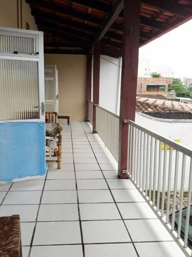 sobrado residencial + sala comercial - excelente localização - 180 metros do mar - 1400j