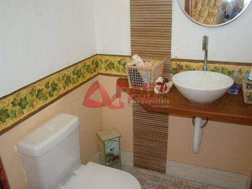 sobrado  residencial à venda, condomínio village paineiras, pindamonhangaba. - so0107