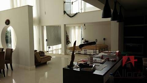 sobrado residencial à venda, lagos de santa helena, bragança paulista. - so0659