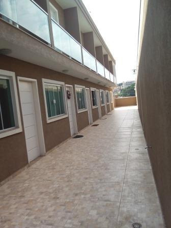 sobrado à venda na vila nivi com 2 dormitórios