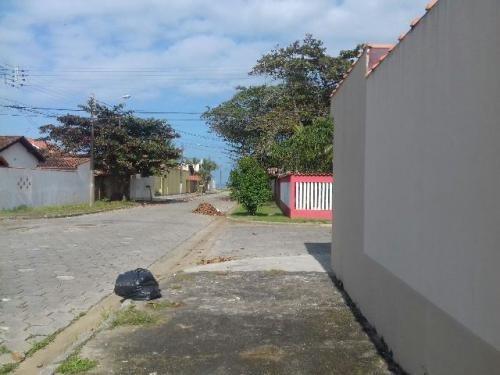 sobrados em condomínio fechado - itanhaém/sp - suarão