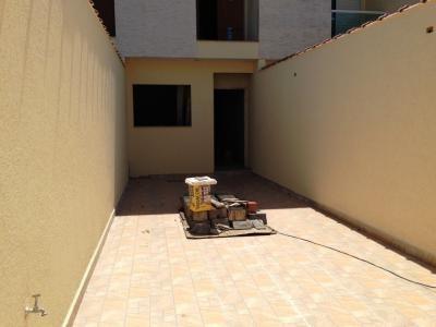 sobrados novos - 3 dormitórios, 1 suíte - 779