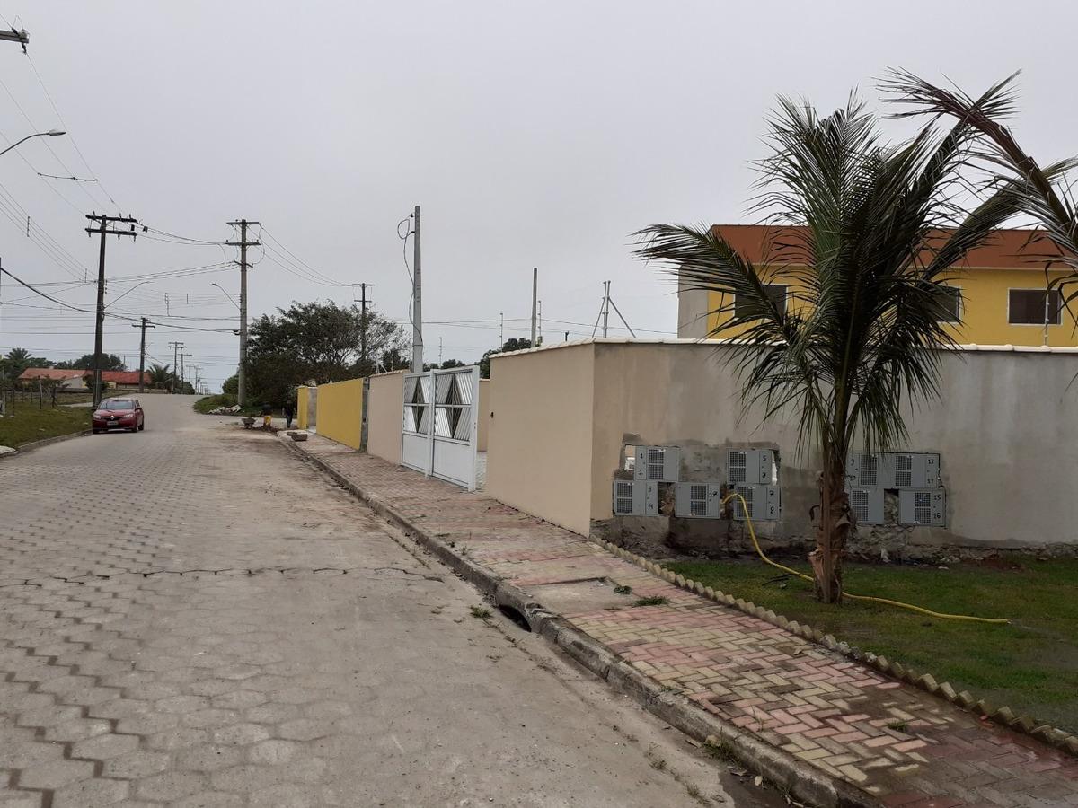 sobrados novos em condomínio lado praia a partir  r$ 140 mil