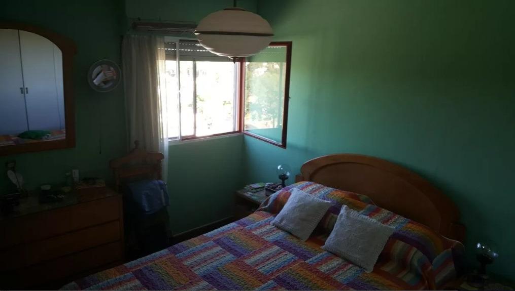 sobre ignacio medina, piso alto, 4 dormitorios, 2 baños, bco