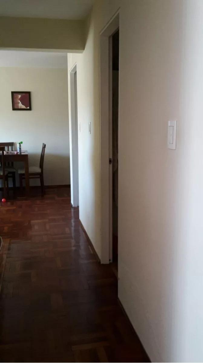 sobre obligado, 3 dormitorios, 2 baños, garage. si banco!!!