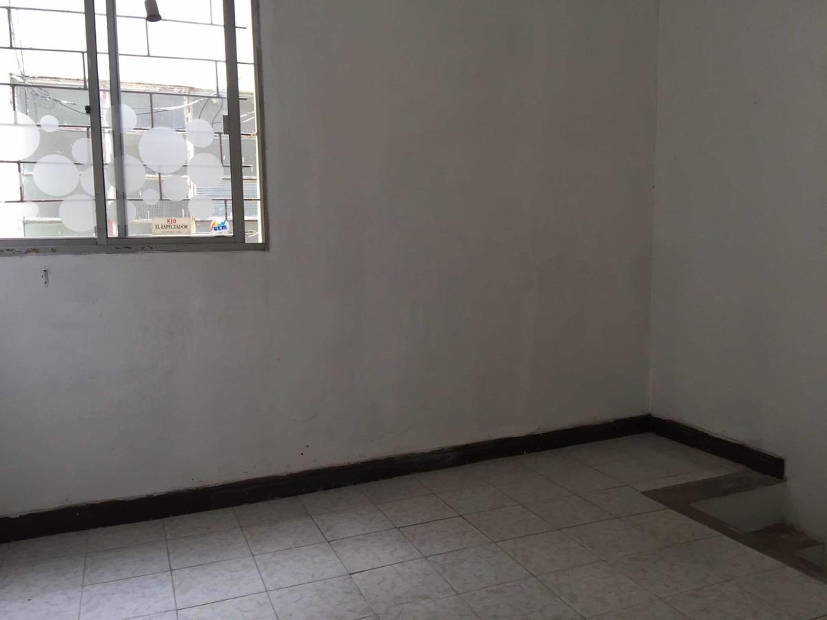 sobre rivera zona muebles con entre piso