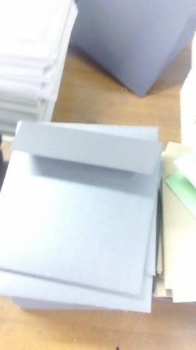 sobres cuadrados colores kraft