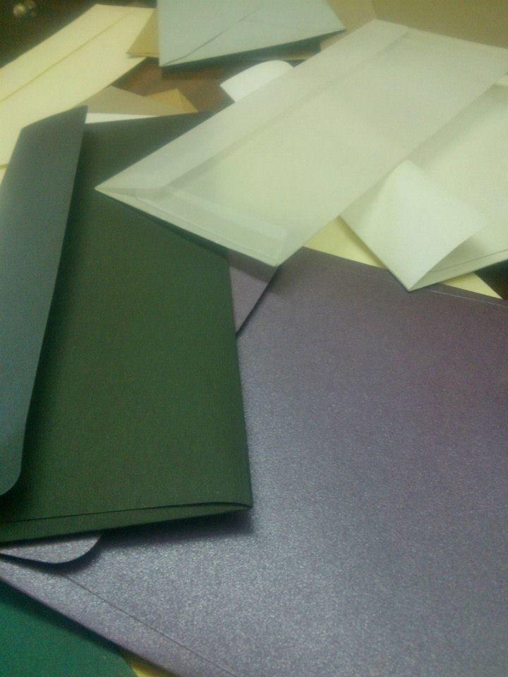 sobres de colores para de boda