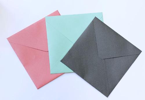 sobres especiales 15,5x15,5 cm opacos y perlados 250 gr