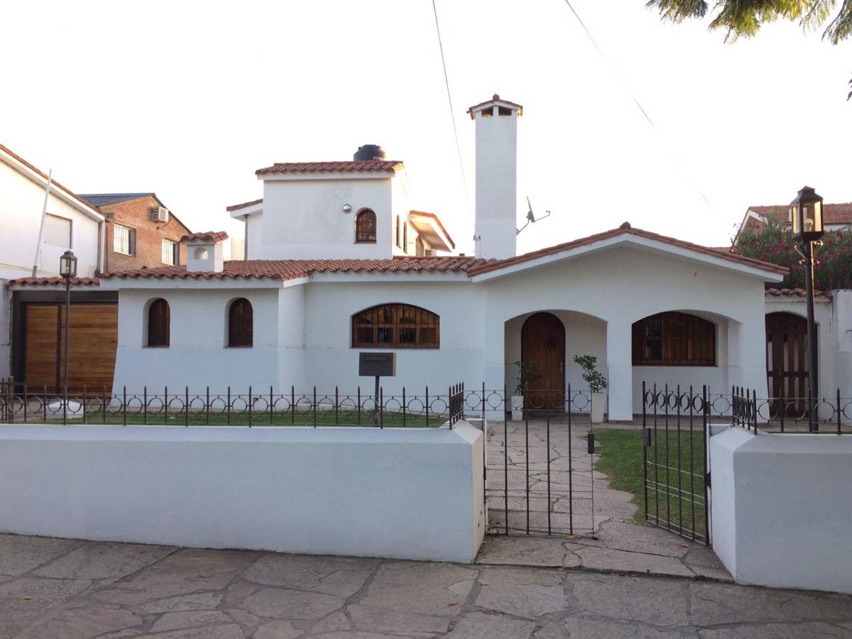 sobresaliente casa a la venta en santa rita,villa carlos paz