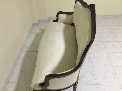 sofa antiguo