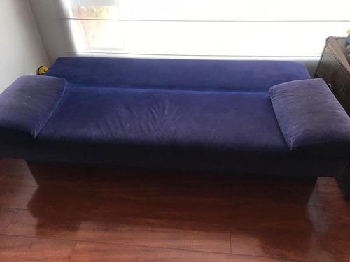 sofa cama 2 puestos azul. mueble usado en buen estado.