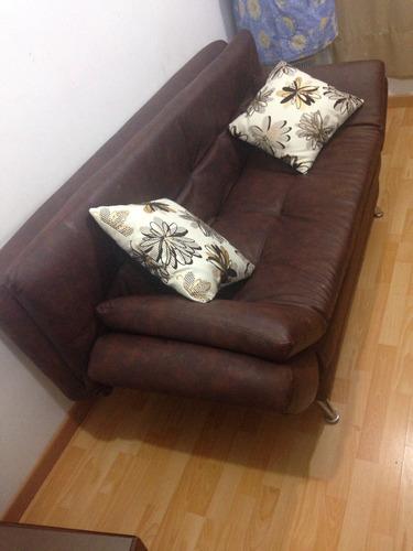 sofa cama cuero sintético café, 1 mes de uso