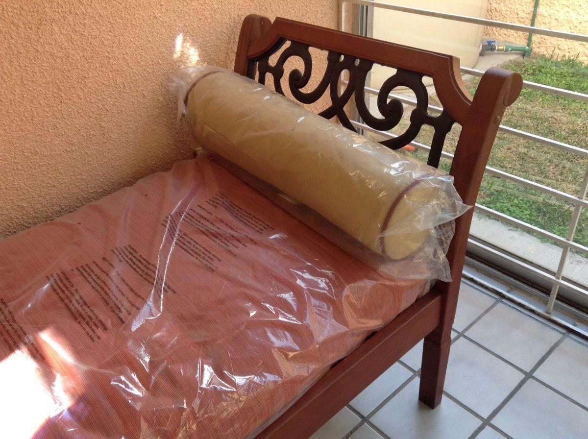 Sof cama divan importado futon color rojo interior for Sofa cama para exterior