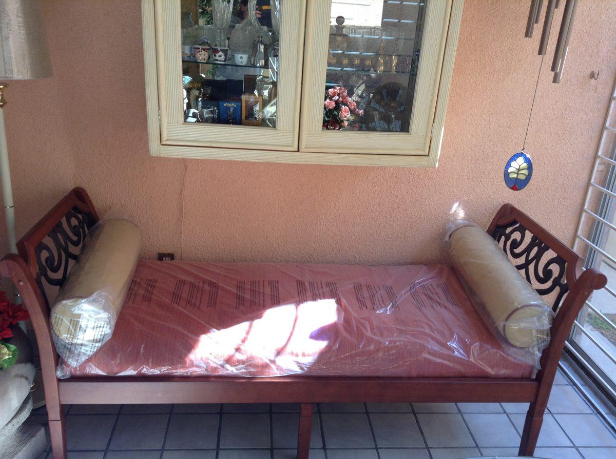 Sof cama divan importado futon color rojo interior for Sofa exterior plegable