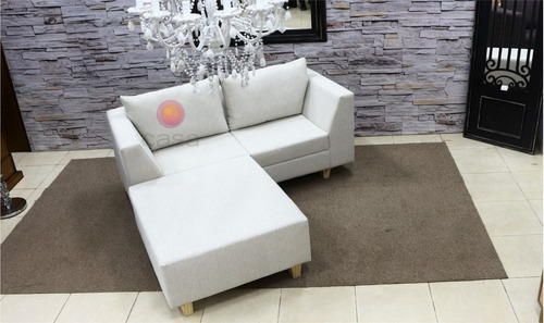 sofa de 180 cm mas puff de 105x90 cm