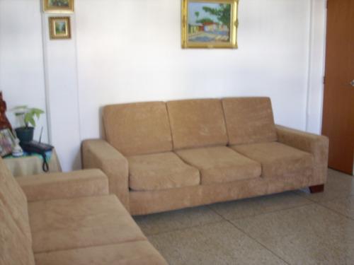 sofá de 3 puestos