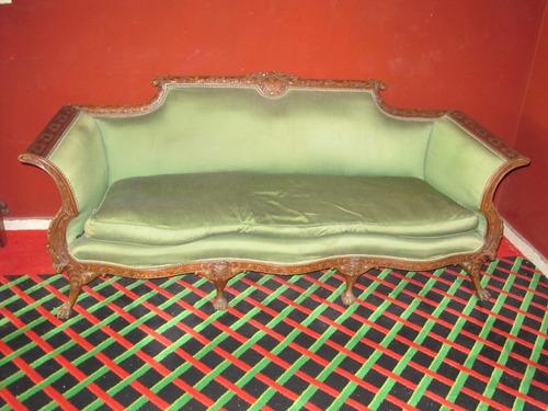 sofá de tres plaza