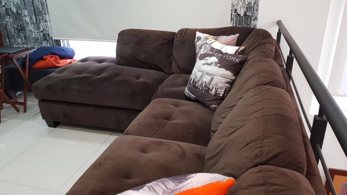 Sofa En Forma De L Color Cafe Con Cojines Incluidos 800000 En