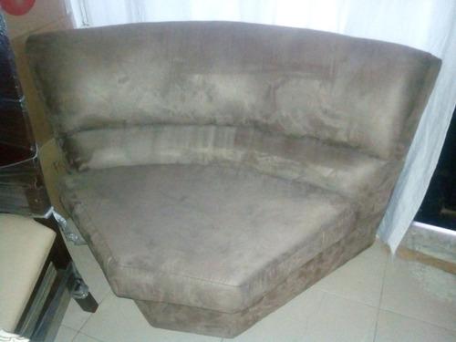 sofa esquinero color marron