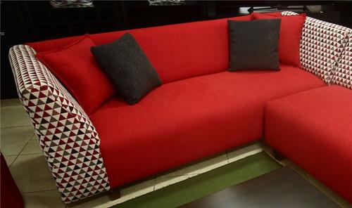 sofá esquinero de 200 cm por 180 cm