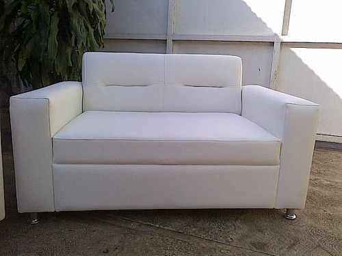 sofa puesto muebles