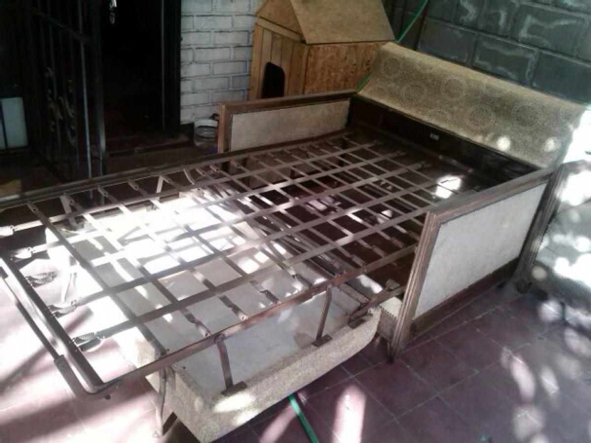 Sof s antiguos sof camas marca rex antiguedad 240 for Sofas marcas buenas