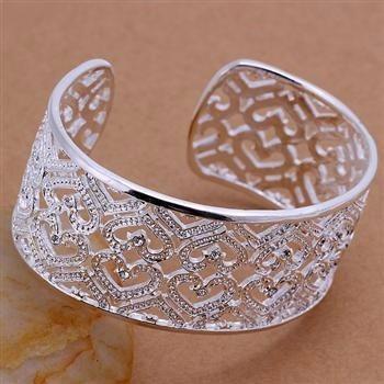 sofisticado bracelete em prata 925 corações