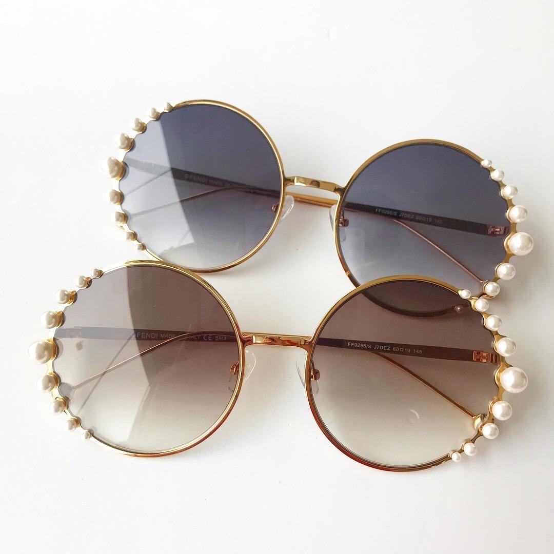 63446d0572494 Óculos De Sol Fendi Pearls Feminino Pérola Redondo Round - R  469