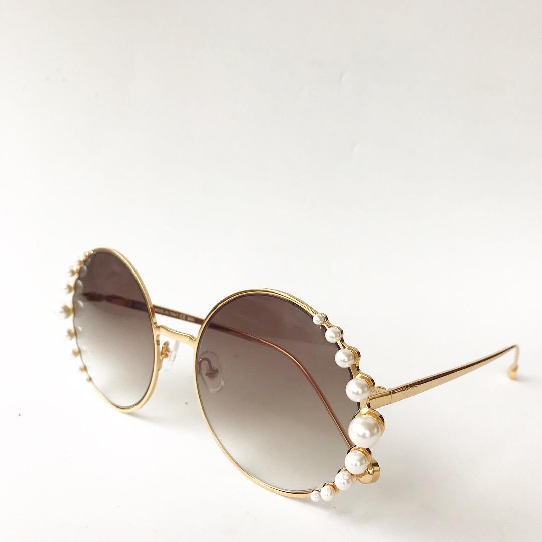 9a7a87e429a5f ... pearls feminino pérola redondo round óculos sol fendi sol fendi óculos.  Carregando zoom.
