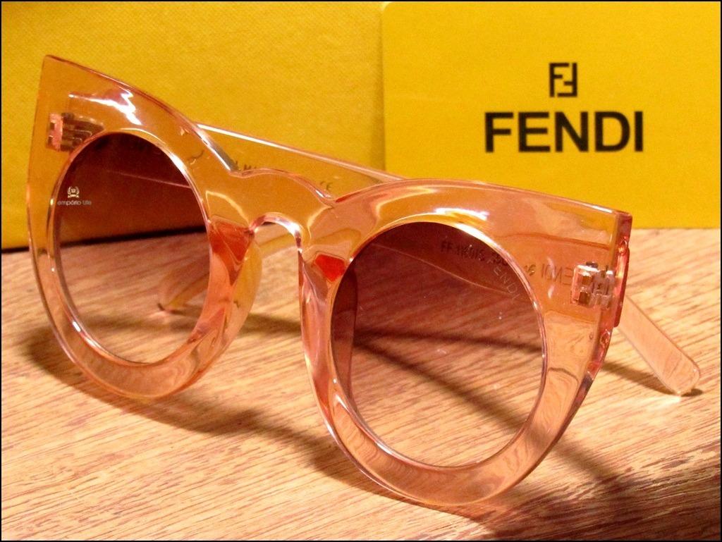3e38db6ec5eb4 Óculos De Sol Fendi Love Black Friday + Frete Grátis  1073  - R  120,00 em  Mercado Livre