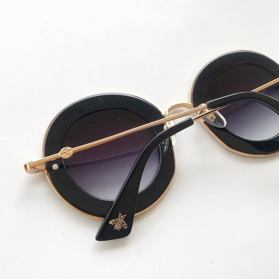 17c37bcf8a9 Óculos De Sol Gucci L Aveugle Redondo Round Feminino - R 429,00  em ... 2e38d49899