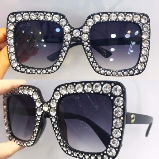 2f0f40fd6d8ce Óculos De Sol Gucci Oversized Crystal Square Gg 0148s Pret - R  300 ...