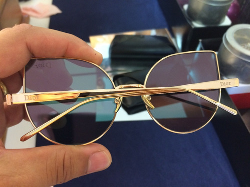 Óculos De Sol Rose Gatinho Cat Eye Marca Famosa - R  55,00 em ... 642227149d