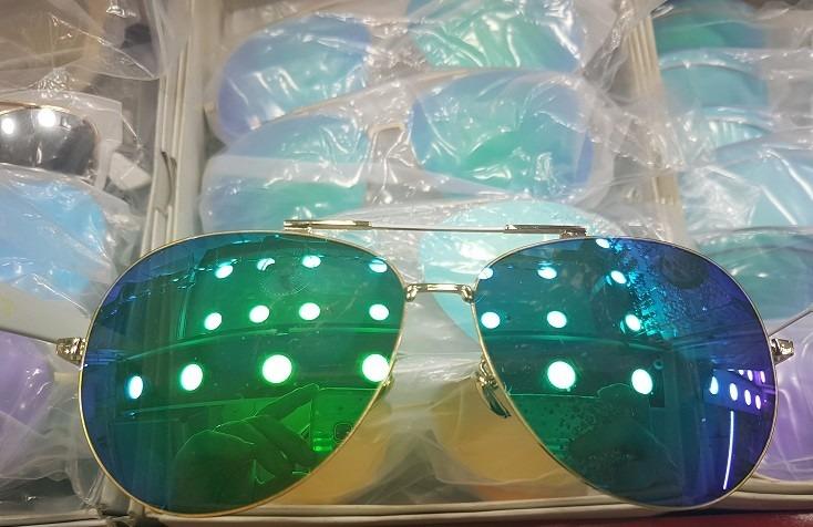 4f13b706a15a8 kit 5 óculos sol aviador unissex sem marca atacado revenda. Carregando  zoom... óculos sol marca · sol marca óculos