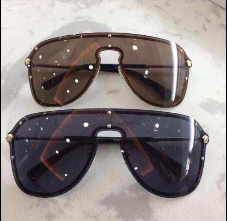 665451f9df648 Óculos De Sol Versace Máscara Com Proteção Com Kit Completo - R  399 ...