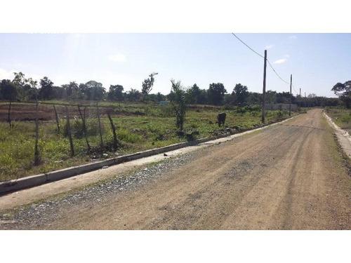 solar 140 mts. proximo la av.circunvalacion norte vende lisb