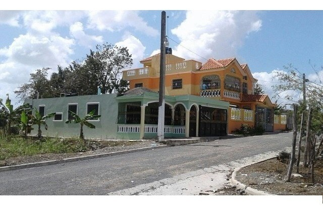 solar 140 mts.  residencial doña esther