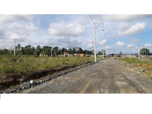 solar 450 mts. a credito en villa mella en residencial maia