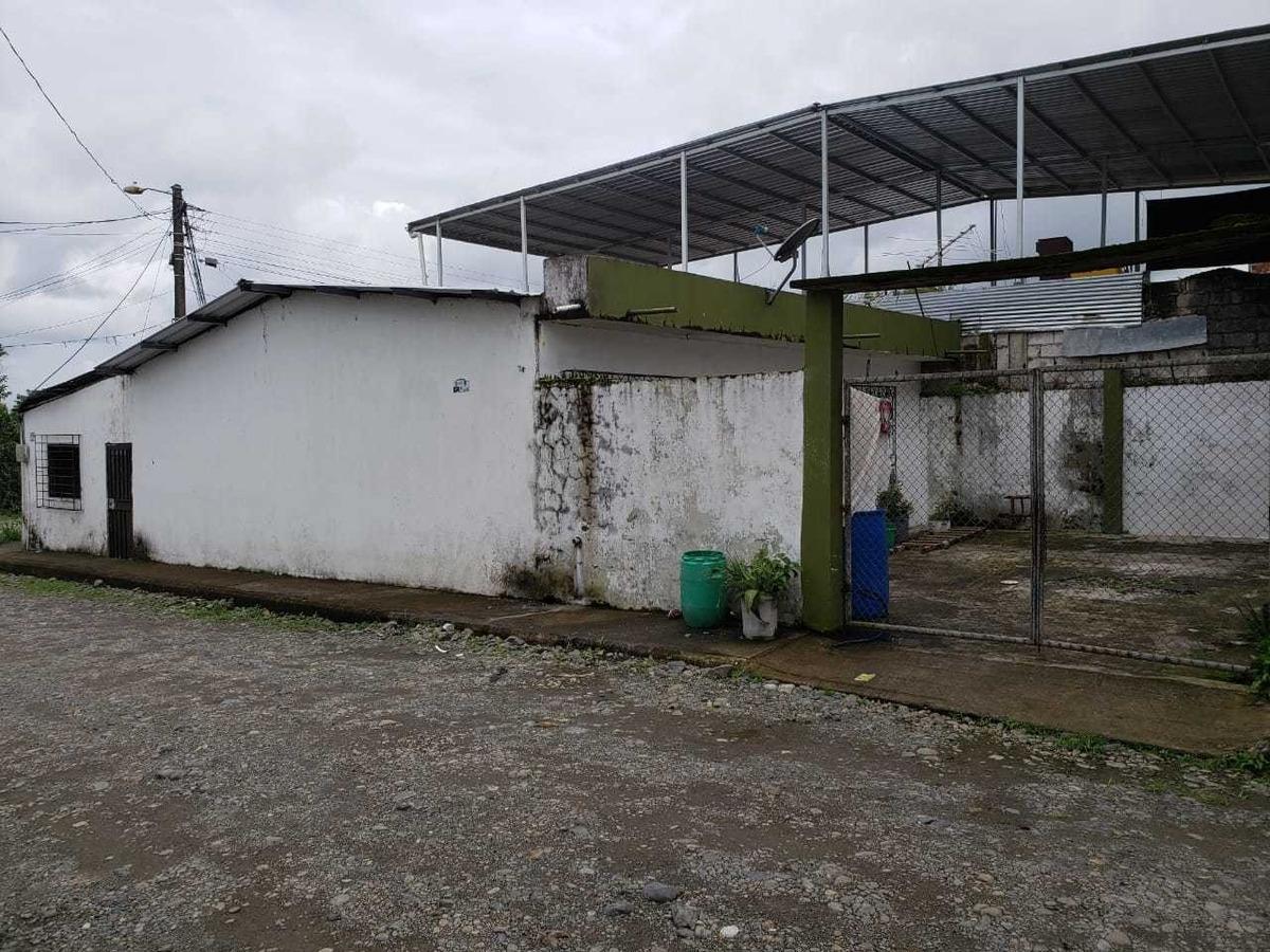 solar + villa esquinero en quevedo