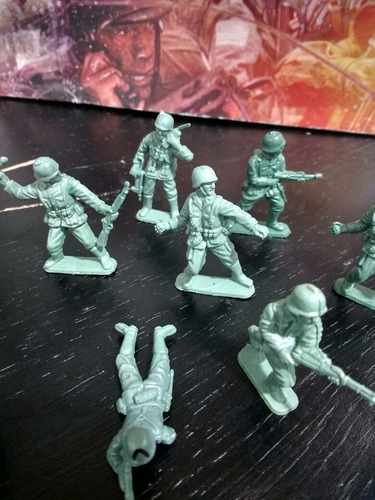 soldados color verde segunda guerra mundial