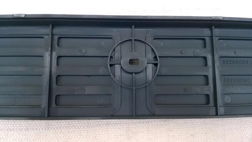 soleira da d20 traseira 4 portas cinza gm