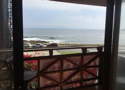 solido departamento 4d,2b frente al mar sector residencial
