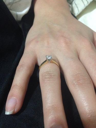 solitario ouro anel