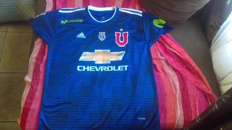Solo A Pedido Nuevas Camisetas U De Chile 2018 Variedad -   15.000 ... 0b58463abf009